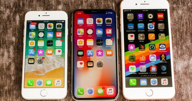 Creating Folders and grouping your apps on your iPhone.